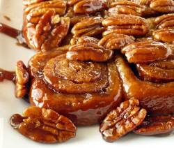 Pecan-Honey-Sticky-Buns-1